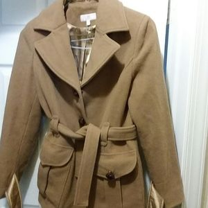 JLO CAMEL COLOR SHORT TRENCH COAT